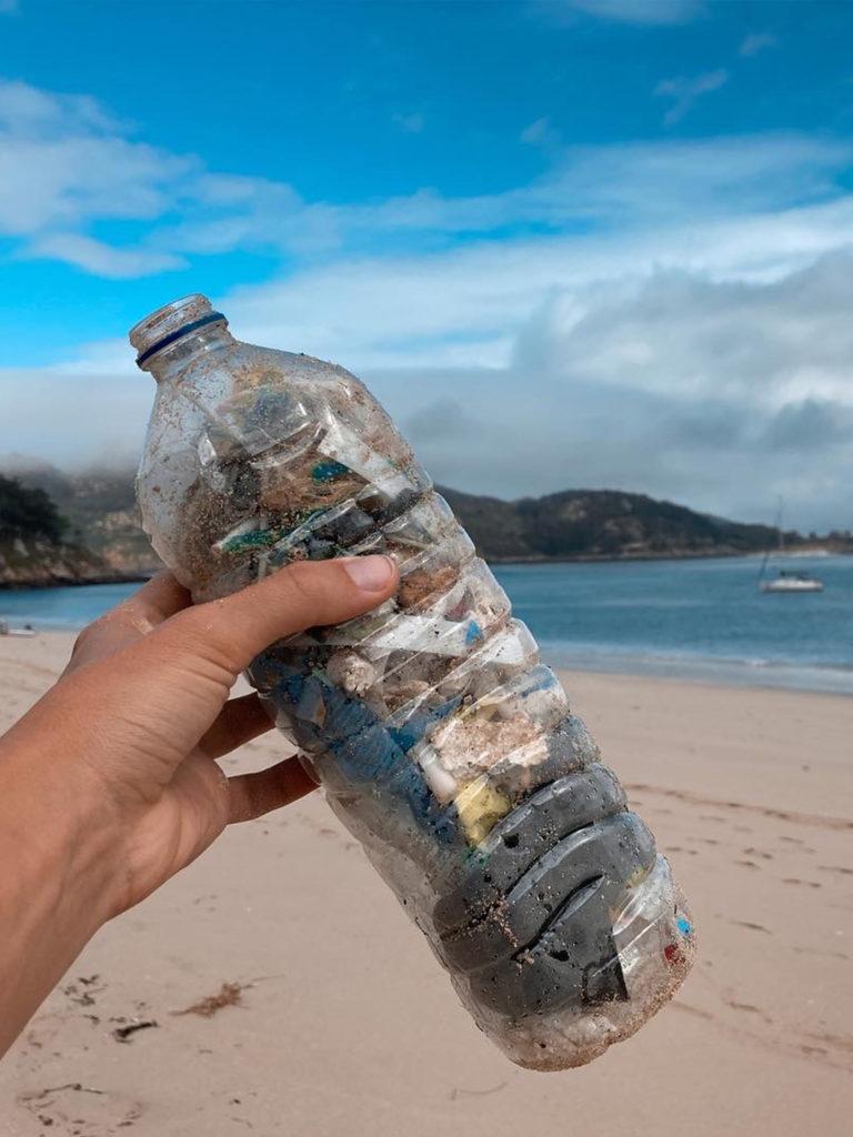 Plastic waste seatheplastic